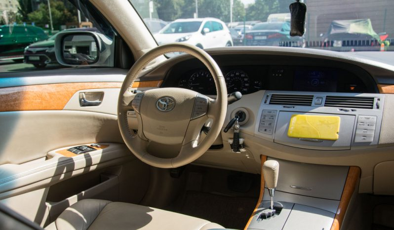 Toyota Avalon XLS 2006 full